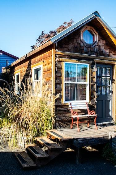 US Accommodation Comfortable Partner DSC 6255 Caravan Tiny House Portland