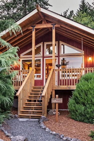 US Accommodation Luxury Carson Ridge Cabins4