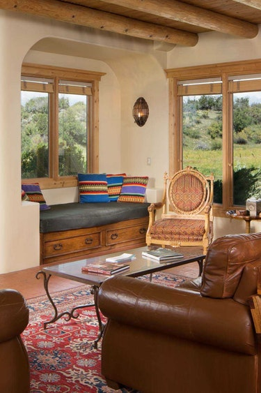 US Accommodation Luxury lower spring living slide Blue Lake Ranch