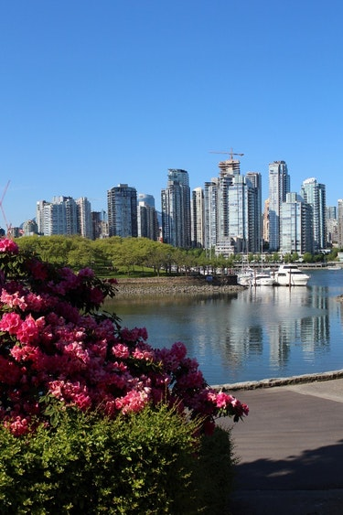 ca_vancouver_city_view_spring
