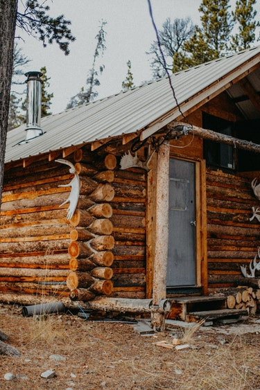 ca_hunting_cabin_woods