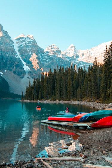 Banff lake kayak