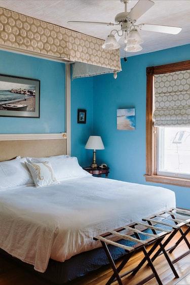 ca_alicion bed and breakfast_bedroom