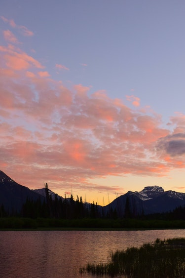 ca_couples_lake banff_sunset
