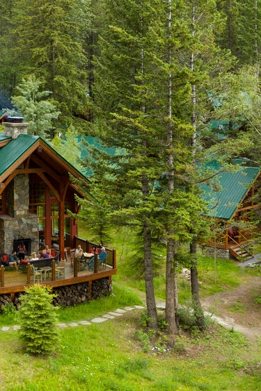 ca_couples_cathedral mountain lodge