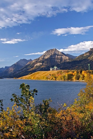 Waterton lakes np places canada