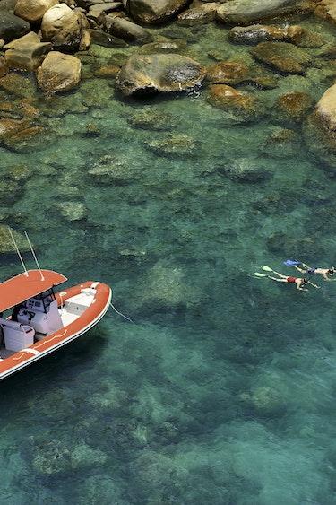 Au queensland remote island hotel snorkeling solo stays luxury 1