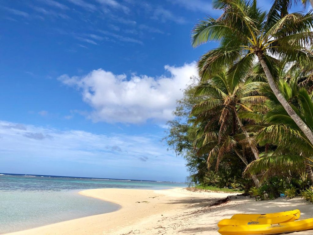 Stunning Beach on Cook Islands   Stopover holiday Australia