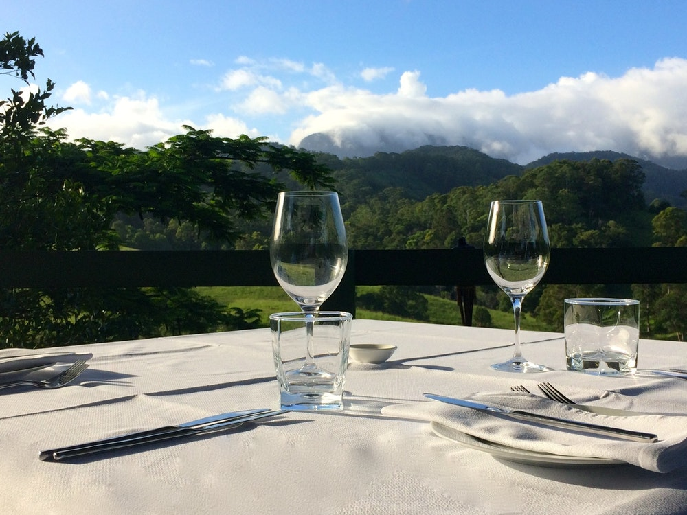 Stay with mountain view | Australia holiday