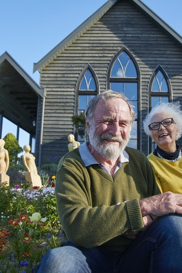 Au vic church house hosts discoverpage detailed small scale stays 1