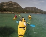 Exploring Freycinet by kayak | Australia active holiday