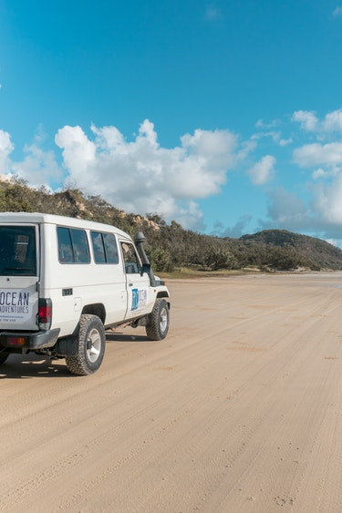 Aus double point island 4wd beach family see and do adventurous
