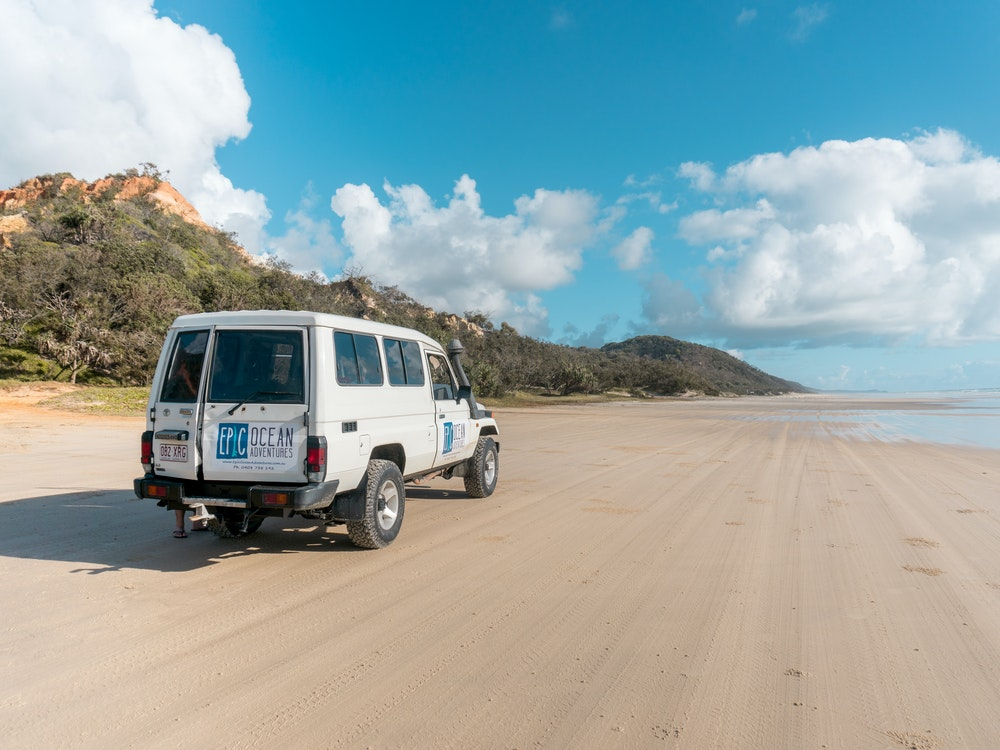 4WD on the beach | Australia active holiday