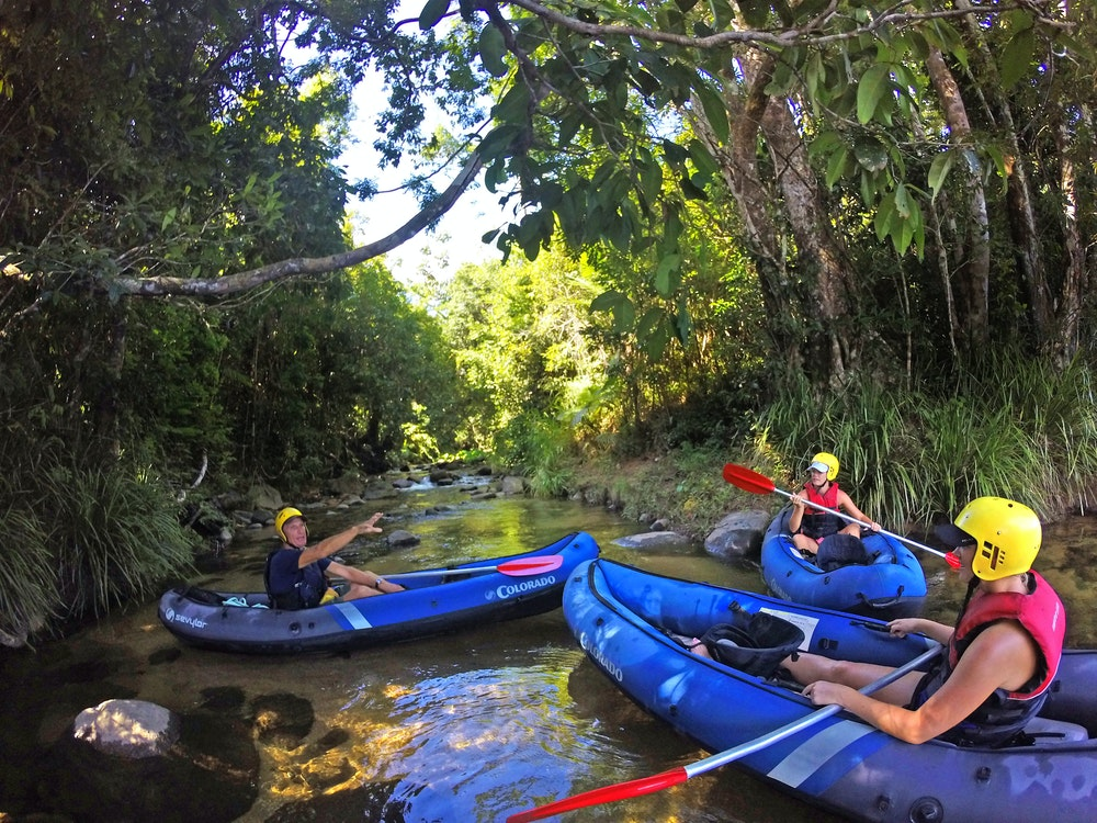 Misschien Beach water rafting | Australia family holiday