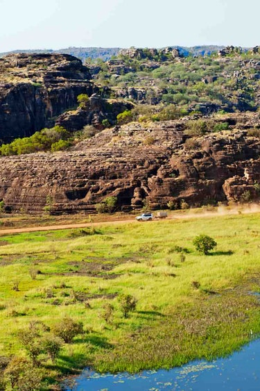 Aus outback 4wd tour arnhemland family see and do adventurous