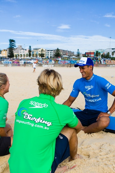 Aus sydney bondi surfing beach family see and do active