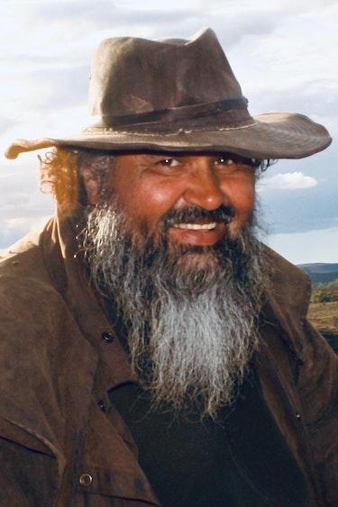 Auz aboriginal cultural tours 2 family easy going