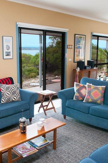 Aus kangaroo island livingroom view family stays comfortable