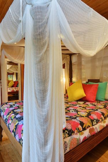 Aus port douglas master bedroom family stays comfortable