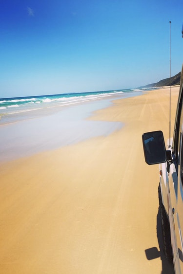 Au double island beach 4wd friends see and do active