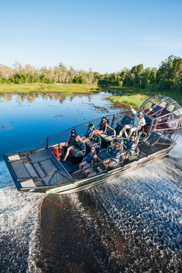 Au outback floatplane speed fun friends see and do adventurous