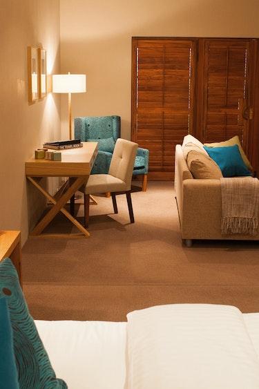 Au hunter valley vineyard estate bedroom friends stays very comfortable
