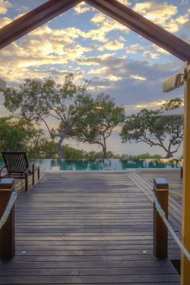 aus family 1770 pool accommodation