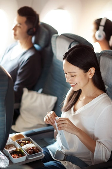 Au cathay pacific meal partner flights economy class2