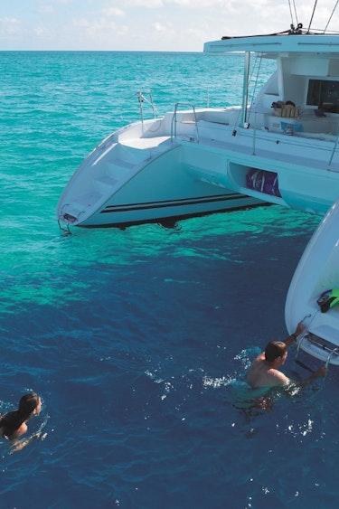Auz sailaway port douglas low isles sunset tour 3 partner easy going