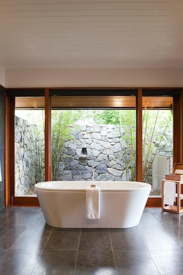 Aus hamilton island pavillon bathroom partner stays luxury