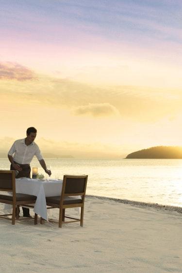 Aus hamilton island relax beach private dinner partner stays luxury