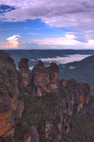 Au blue mountains three sisters nature view solo see and do easy going