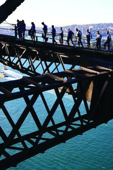 Au sydney harbour bridge climb solo see and do adventurous