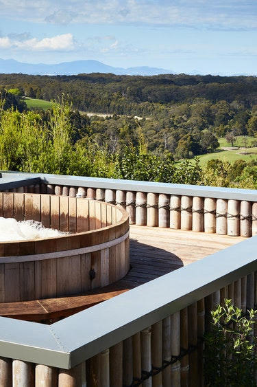 Au gippsland boutique retreat hot tub view solo stays very comfortable