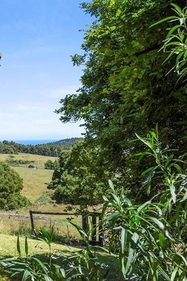 Au otway ranges farm cottage outside solo stays comfortable