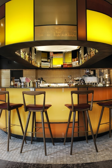 Au sydney boutique hotel industrial bar solo stays very comfortable