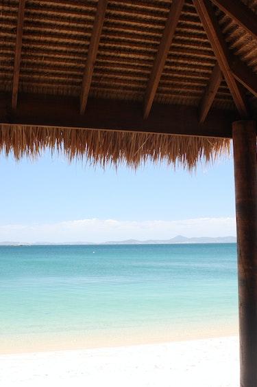 Bali hut stopover premium economy2