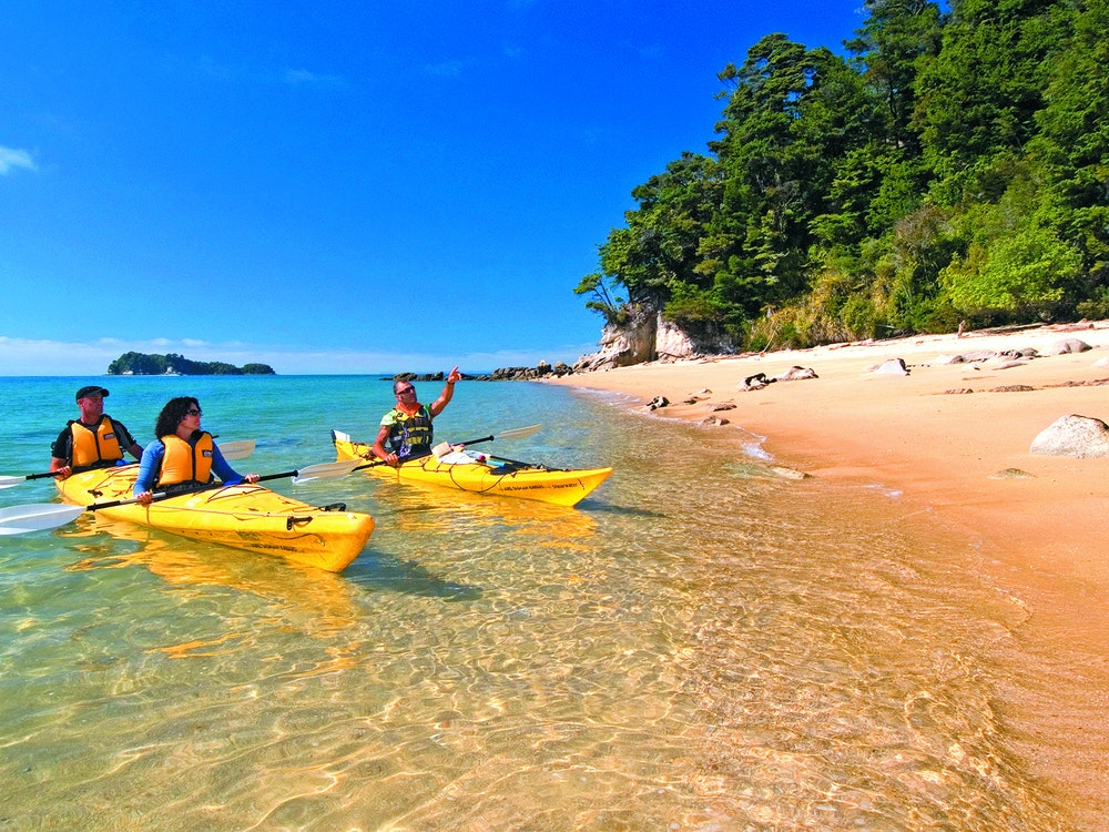 Kayaking in Abel Tasman National Park | New Zealand active holiday