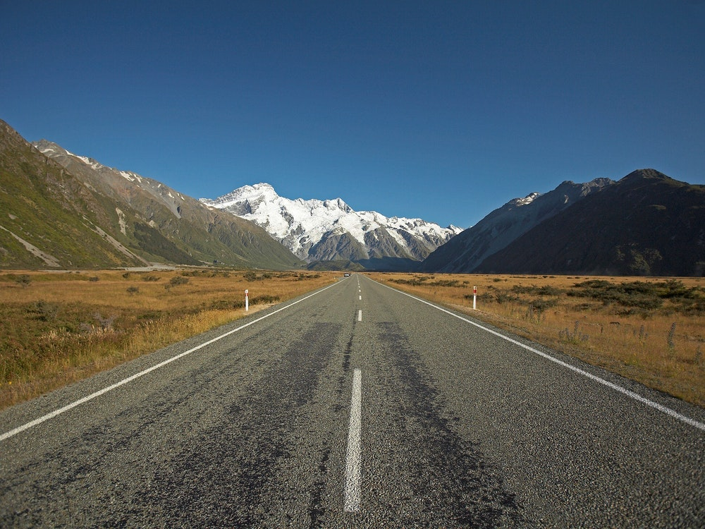 Scenic drive Mount Cook Road | New Zealand holiday