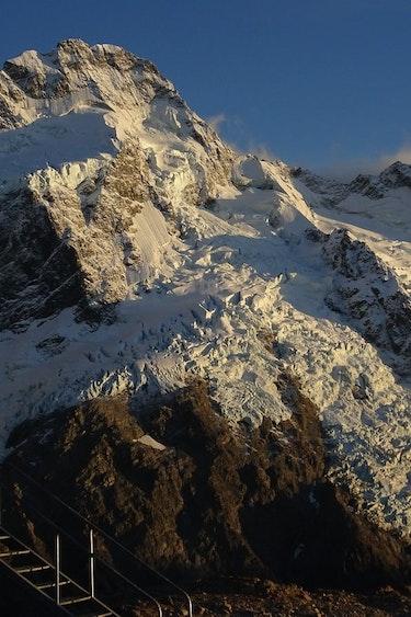 Nz mt Seftons glaciers mount cook barton matthews20 discoverpage detail best travel time