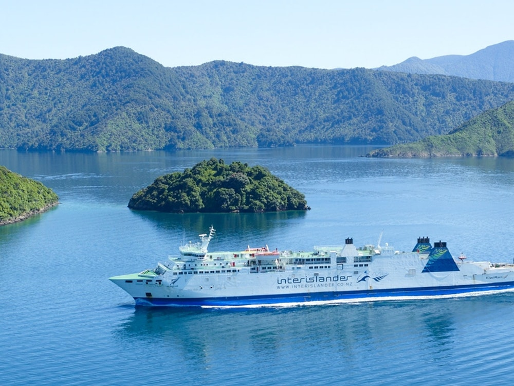 Interislander between the North and Sound Island | New Zealand holiday