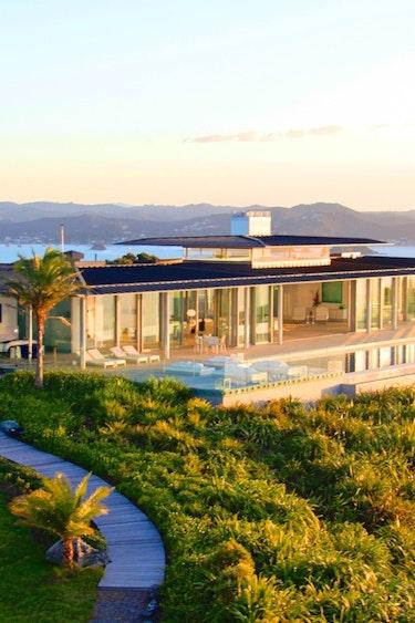 Nz bay of islands villa view family stays luxury