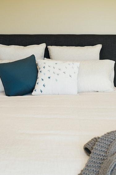 Nz charleston retreat bedroom family stays very comfortable