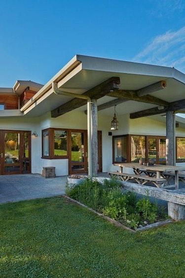 Nz kaikoura eco house terrace family stays very comfortable