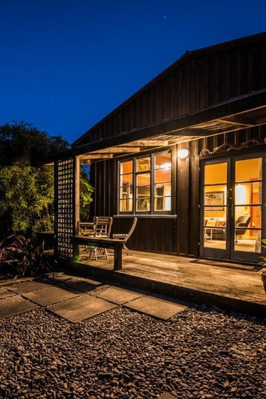 Nz mapua farm cottage outside family stays very comfortable
