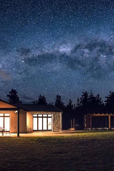 Nz mt cook villa stargazing view family stays luxury