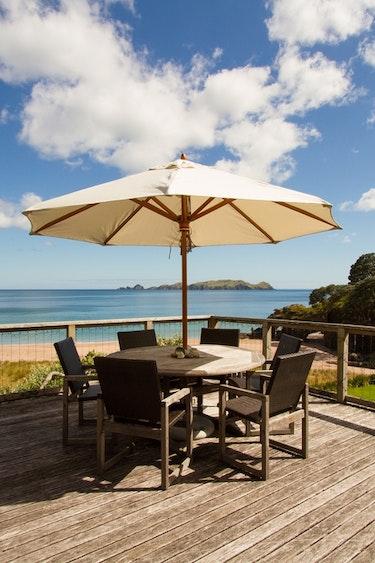 Nz tauranga bay villa terrace view family stays very comfortable