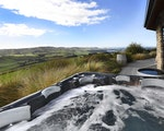 Hot tub with a view | New Zealand holiday