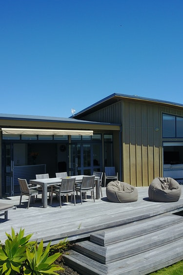 Nz whangarei villa terrace walk family stays luxury