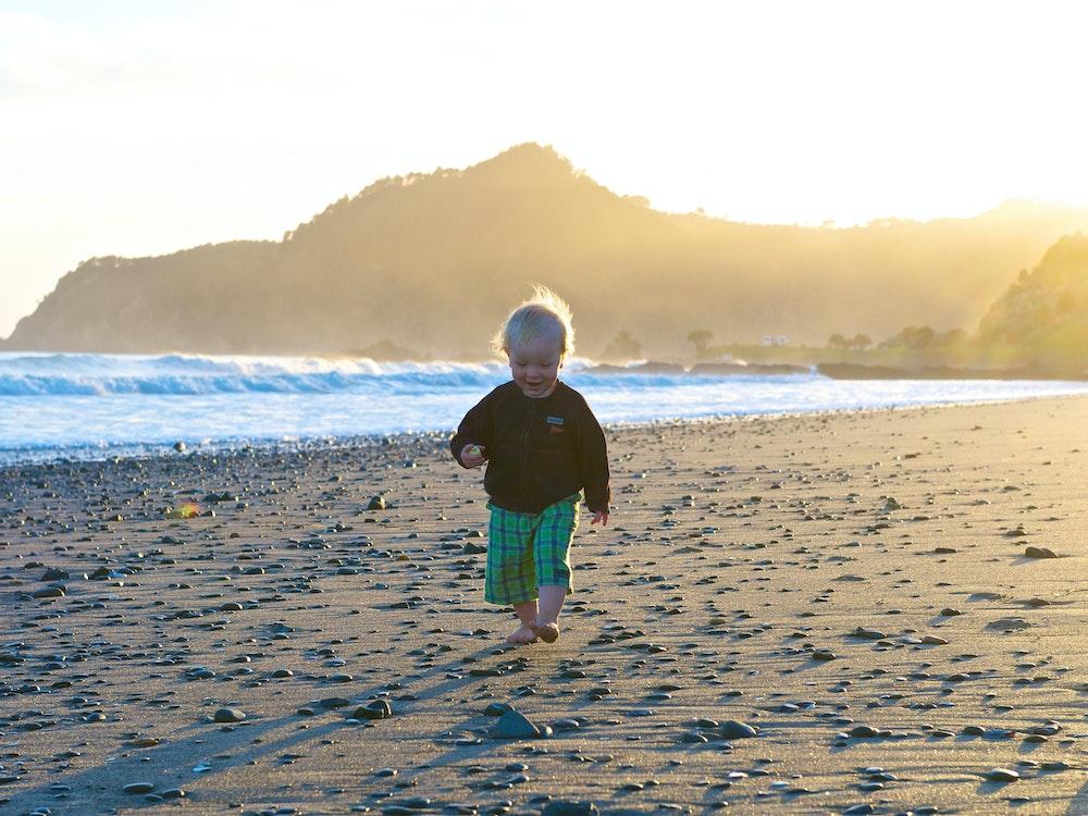 Beautiful beach Coromandel | New Zealand holiday with kids